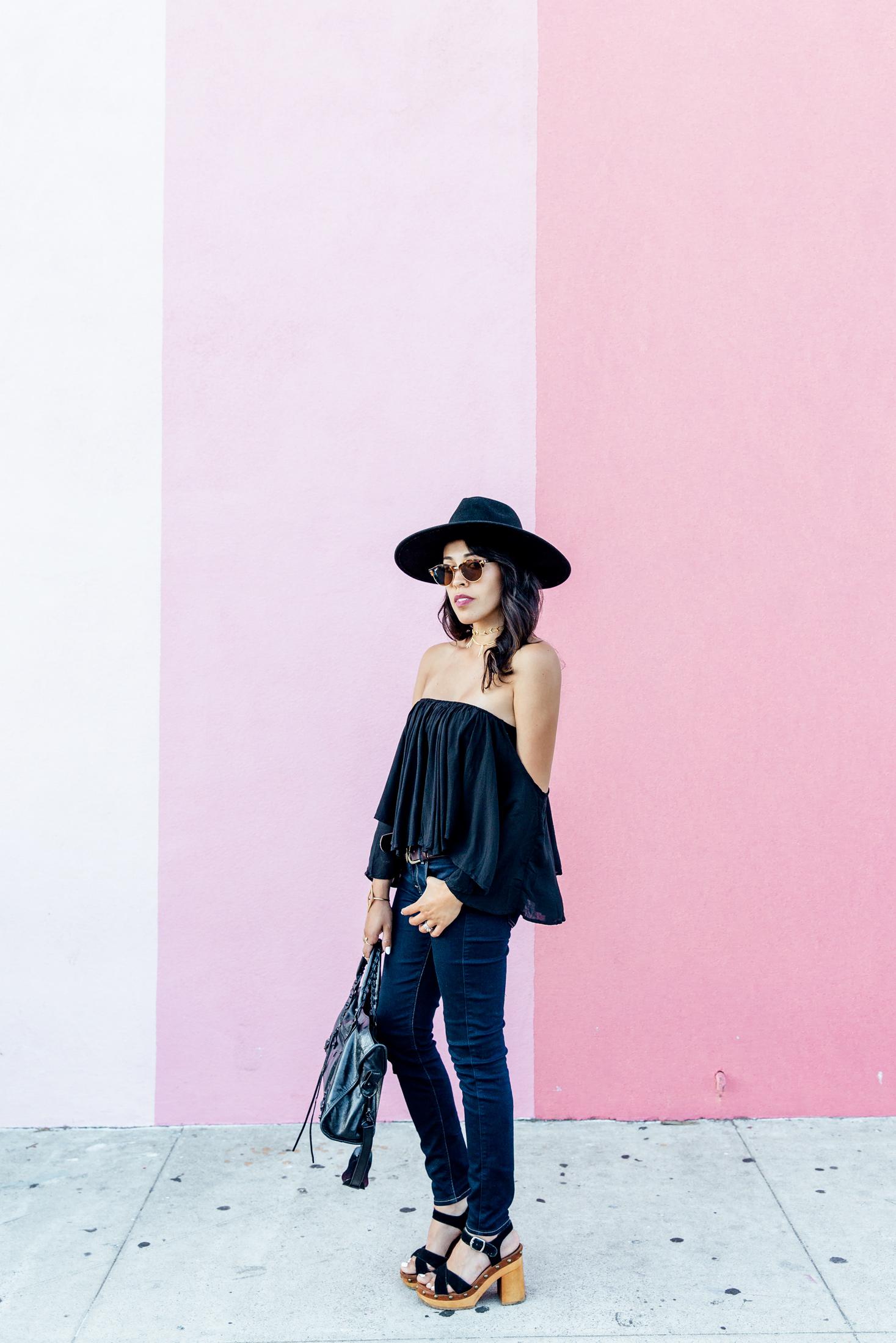 black_outfit_Frankvinyl2