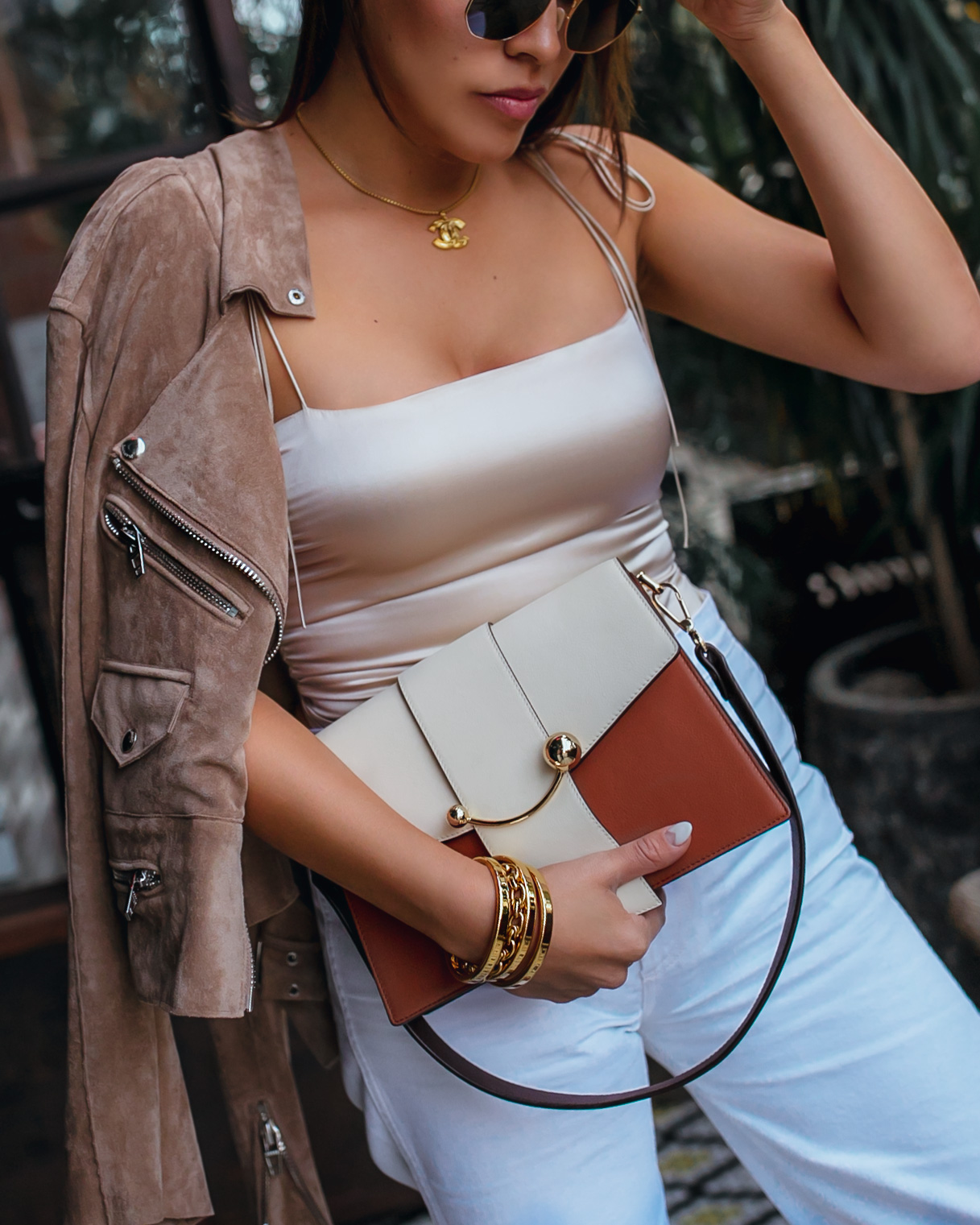 Easy Ways to Make Your Outfit Look Expensive